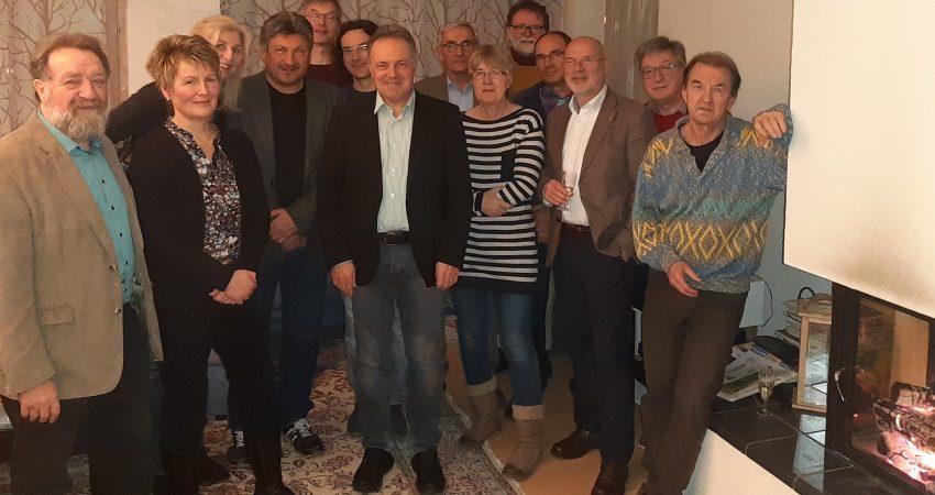 Anwesende des Kaminhocks des Ortsverbandes Schopfheim von Bündnis 90 die Grünen